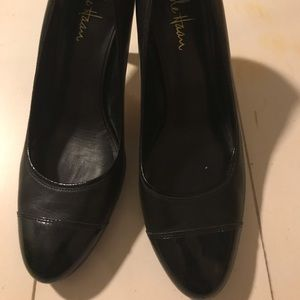Cole Haan Black pumps.